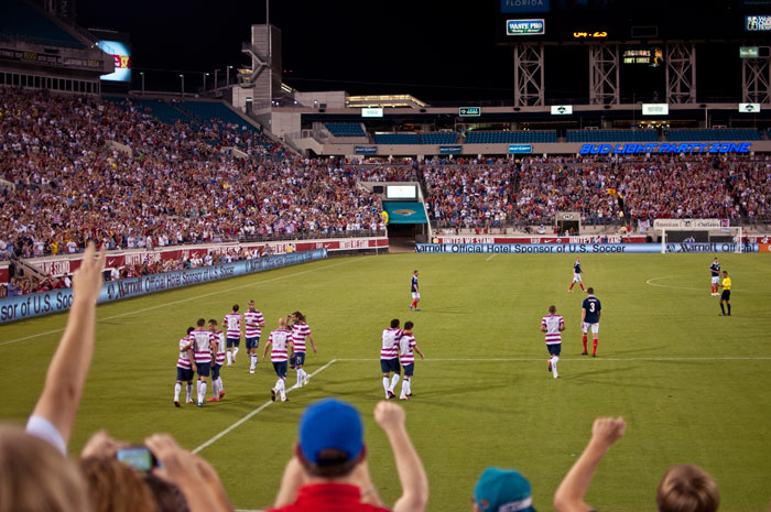 the us scores makes a goal usa vs scotland in jacksonville florida at everbank field